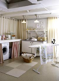 Laundry_room_shelf_1